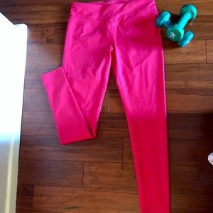 NWT The North Face Hatha Legging Rose Red M